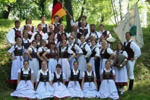 Die Danzdeel Salzkotten bei einem Besuch in Tschechien 2007 (Quelle: Danzdeel Salzkotten)