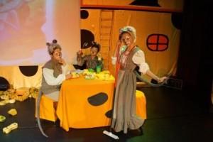 """Monatelange probten die vielen kleinen und großen Mäuse für den großen Auftritt (Quelle: Theater """"Der Spaß"""")"""