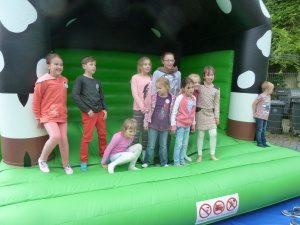 Spaß hatten die jüngeren Besucher auf der Hüpfburg (Quelle: www.jsdr.de / www.skv-adler.de)