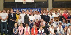 Zwischen Sport, Spiel und Spaß blieb noch Zeit für ein Gruppenfoto (Quelle: www.jsdr.de / www.skv-adler.de)