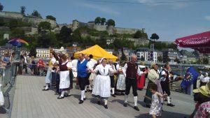 Viel Freude herrschte beim Auftritt in Namur (Quelle: www.folklorekreis.de)