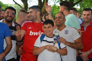Viele Gewinner und strahlende Gesichter gab es beim AJM Sommerfest (Quelle: Suryoye Ruhrgebiet)