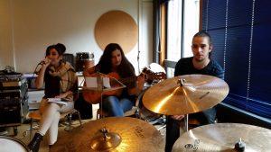 Auch musikalisch ist von den B'shayno-Jugendlichen noch einiges zu erwarten (Quelle: Nora Liebetreu)