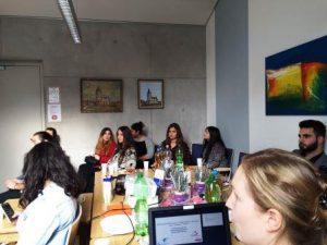 In dem Seminar erfuhren die Jugendlichen alles rund um des Ehrenamt (Quelle: Hassan Al Hanna)