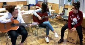 Immer im Rhythmus bleiben (Quelle: Jugendverbandsarbeit mit jungen Geflüchteten)