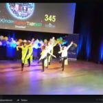 #VIDEO# Die Gruppe Schmetterling (9-11 Jahre) erreichte den 2. Platz (Quelle: Raissa Myachkova/Der Spaß)