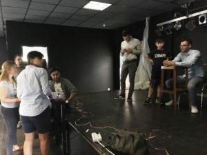Mit großem Engagement sind die Jugendlichen bei dem Theaterprojekt (Quelle: djoNRW/AJM)