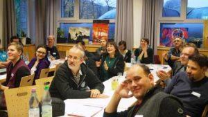 Die Wahl eines neuen Vorstands und die Aufnahme neuer Gruppen lockten viele Delegierte nach Himmighausen (Quelle: djoNRW)