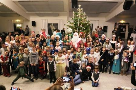 Die Jolka, das russische Silvesterfest, bringt die Familien zusammen (Quelle: Prestige e.V.)
